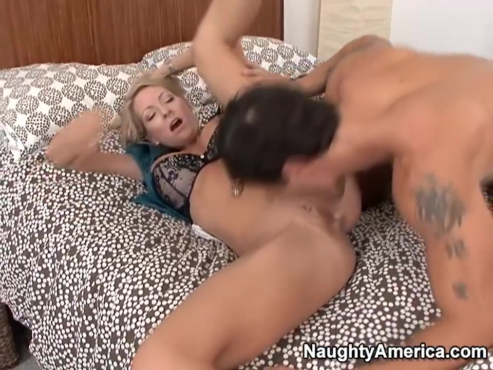 Sexy xXx Base pix Porn stars playing with there pussy