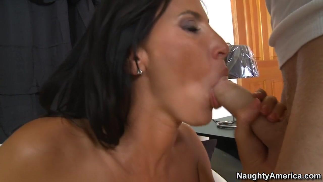 Naked Pictures Manituova bota online dating