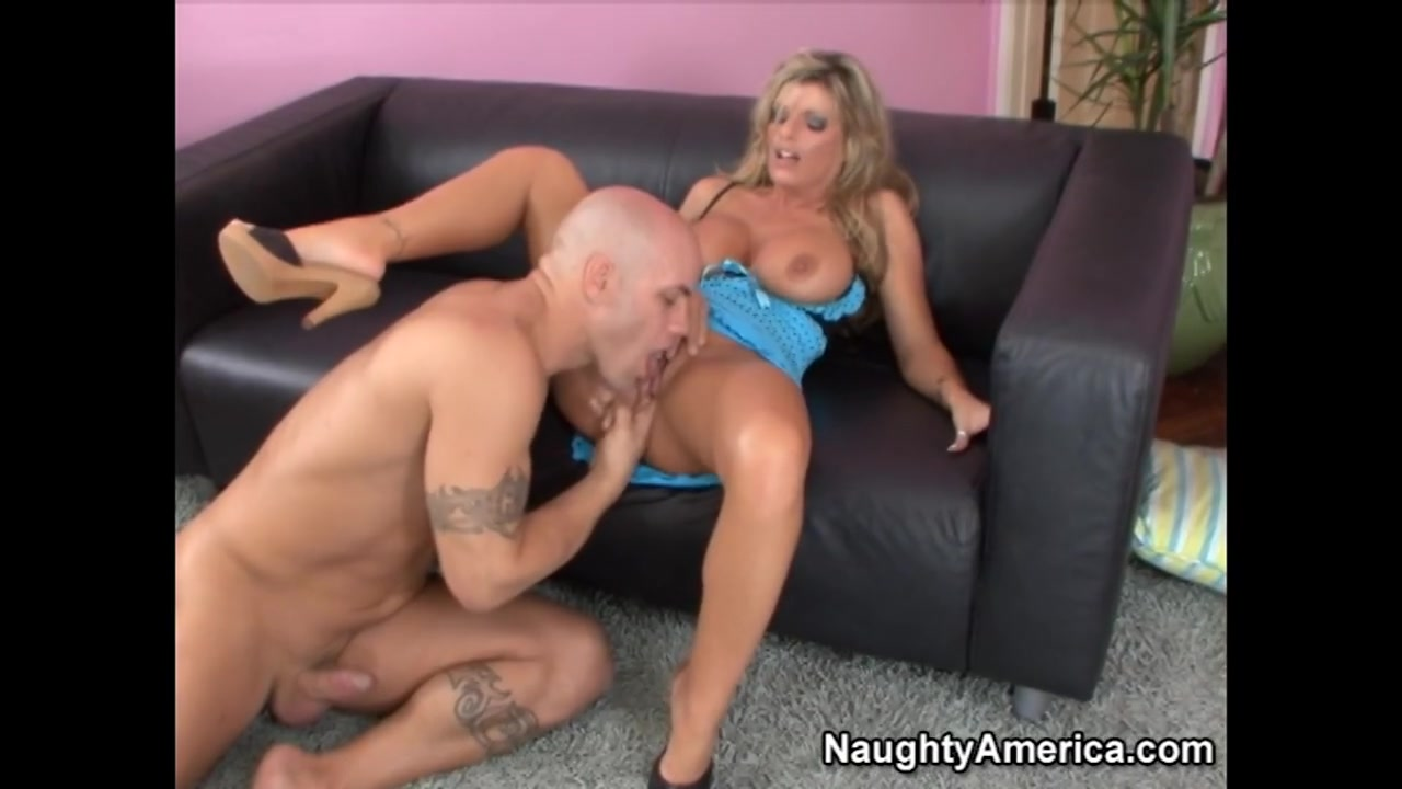 Sexy xxx video Does he think im hot quiz
