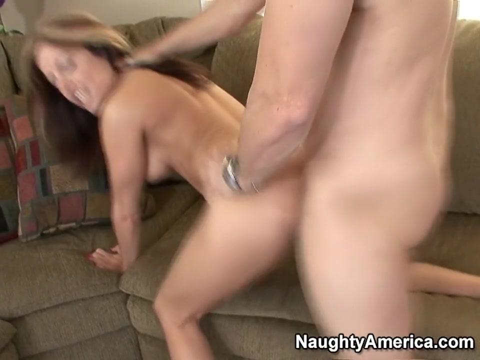 Pounding a mature slut Porn tube