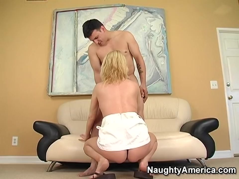 Sexy Video Tiny dicks fucing big girls