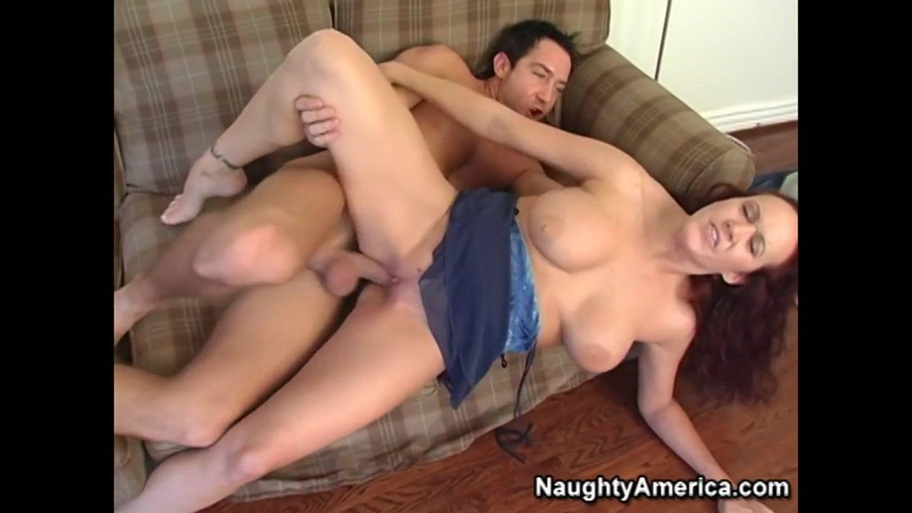 Quality porn B ridget the midget