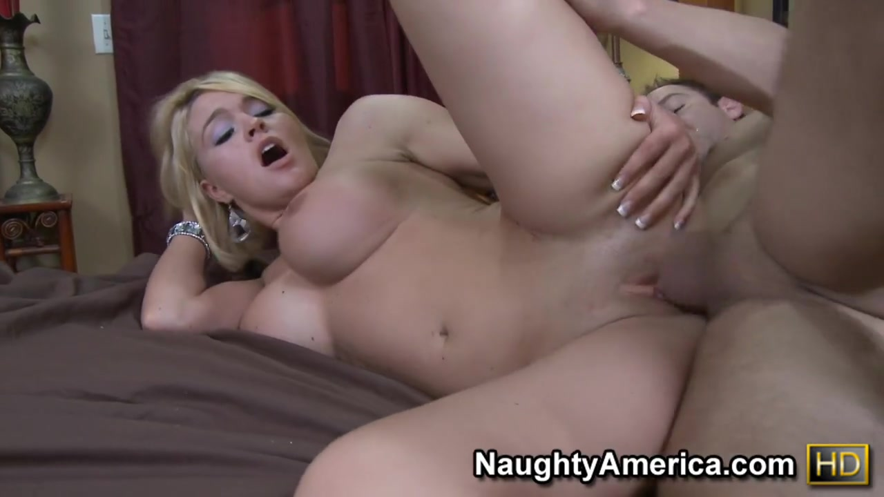 Porn FuckBook French mature anal casting