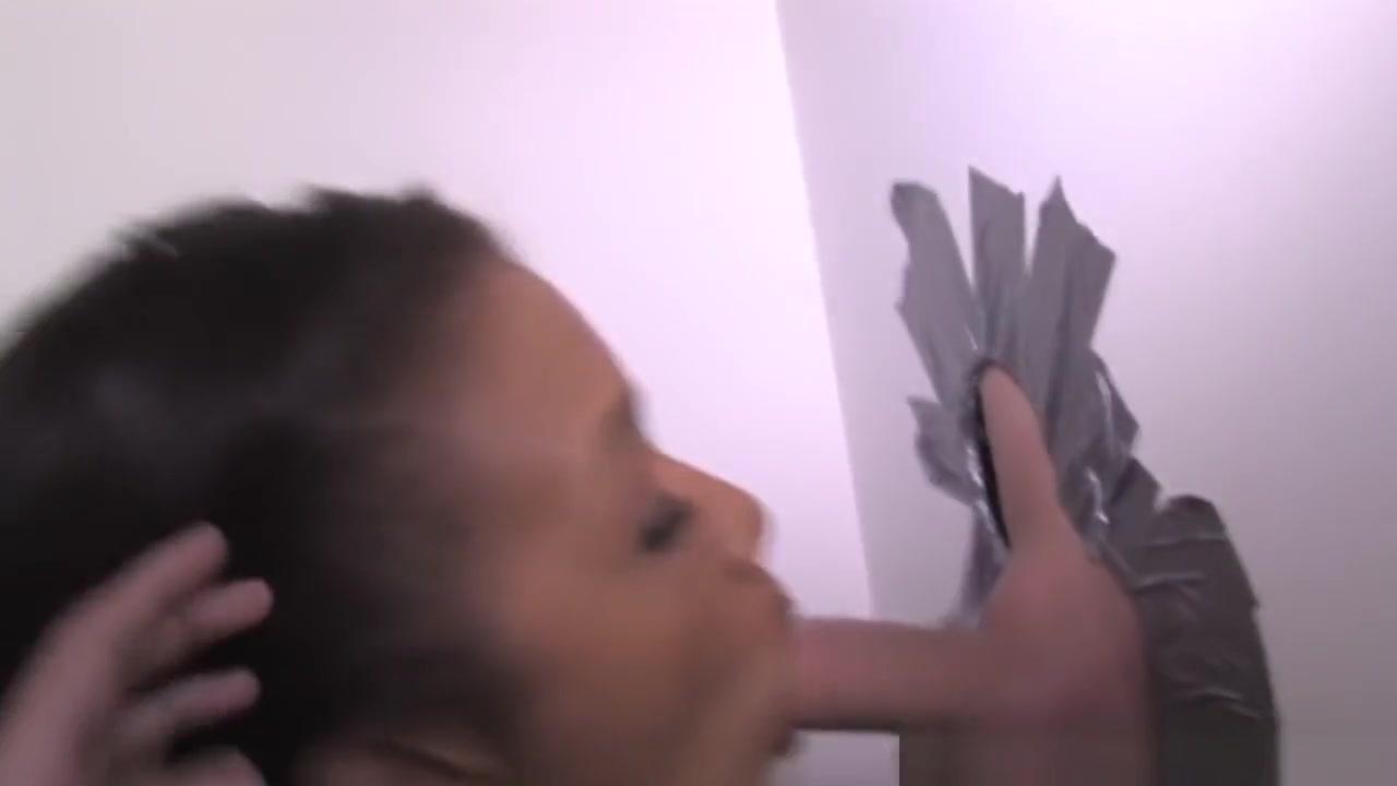 Porn clips Big tits milf masturbates on kitchen counter