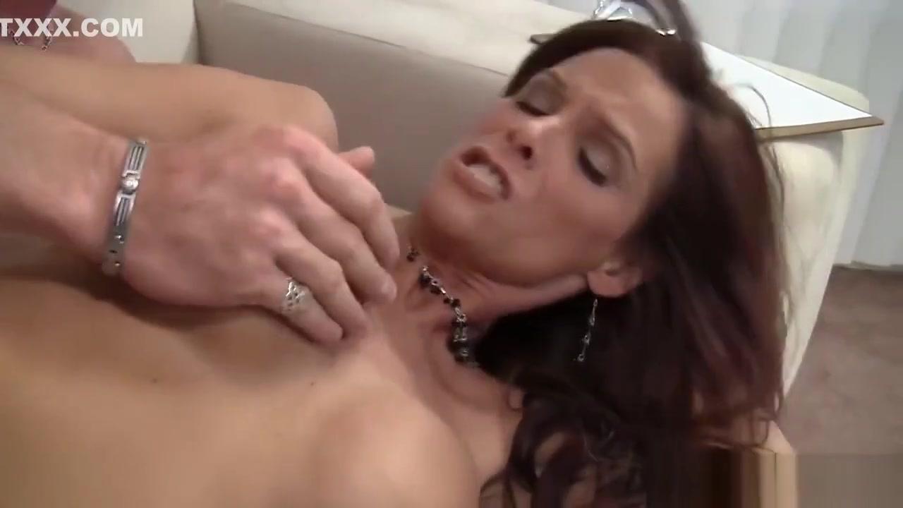 Finger fuck hardcore porn star gif Porn Pics & Movies