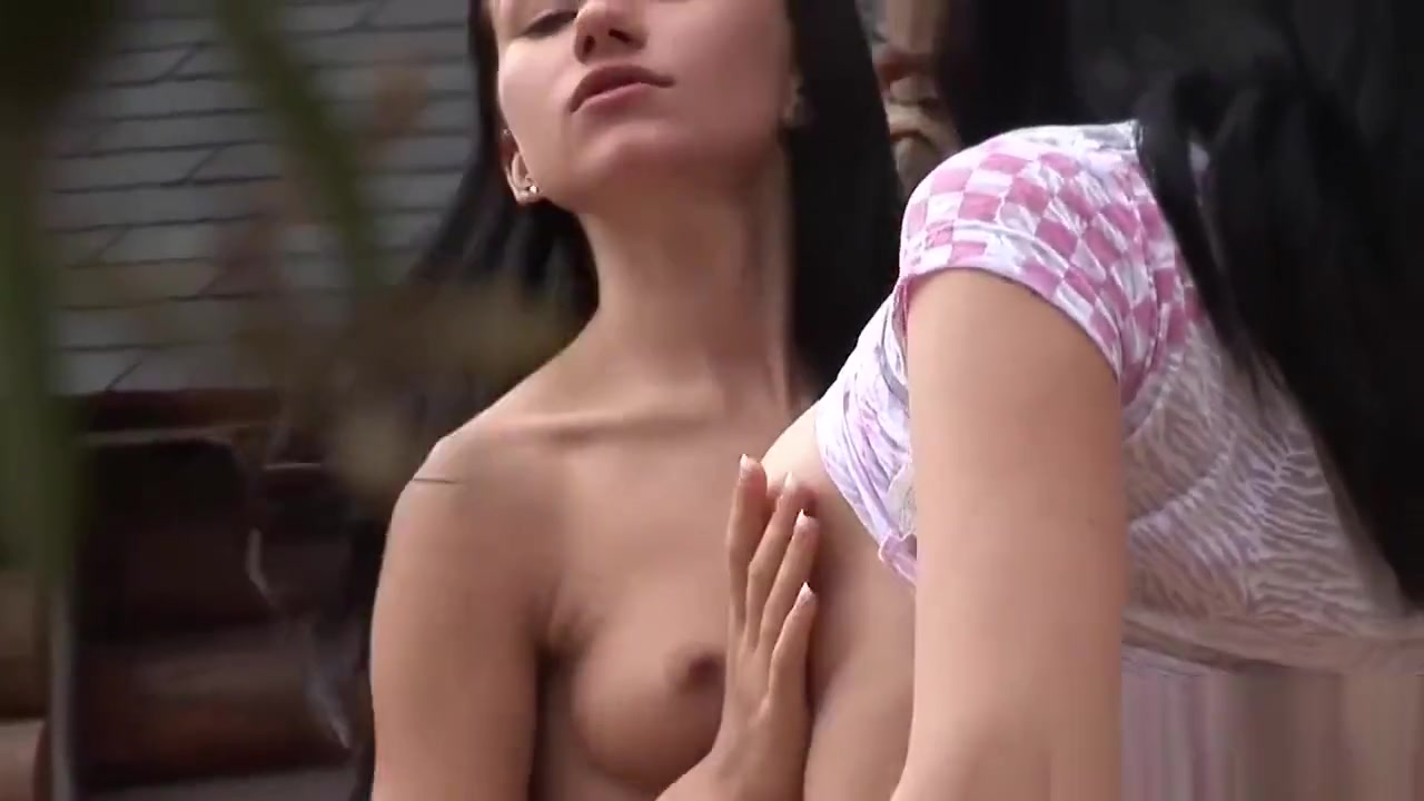 Sexe masturbated lesbian Latinos