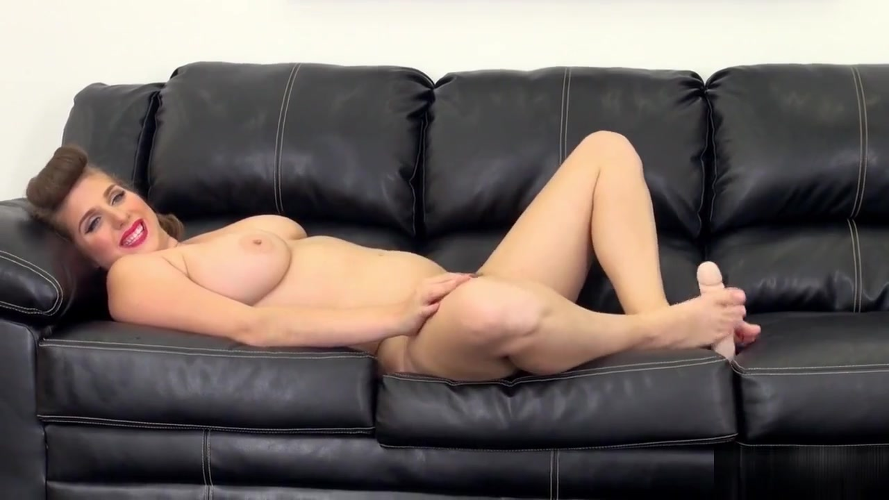 Hot Nude Slow messy begging for cum milf blowjob