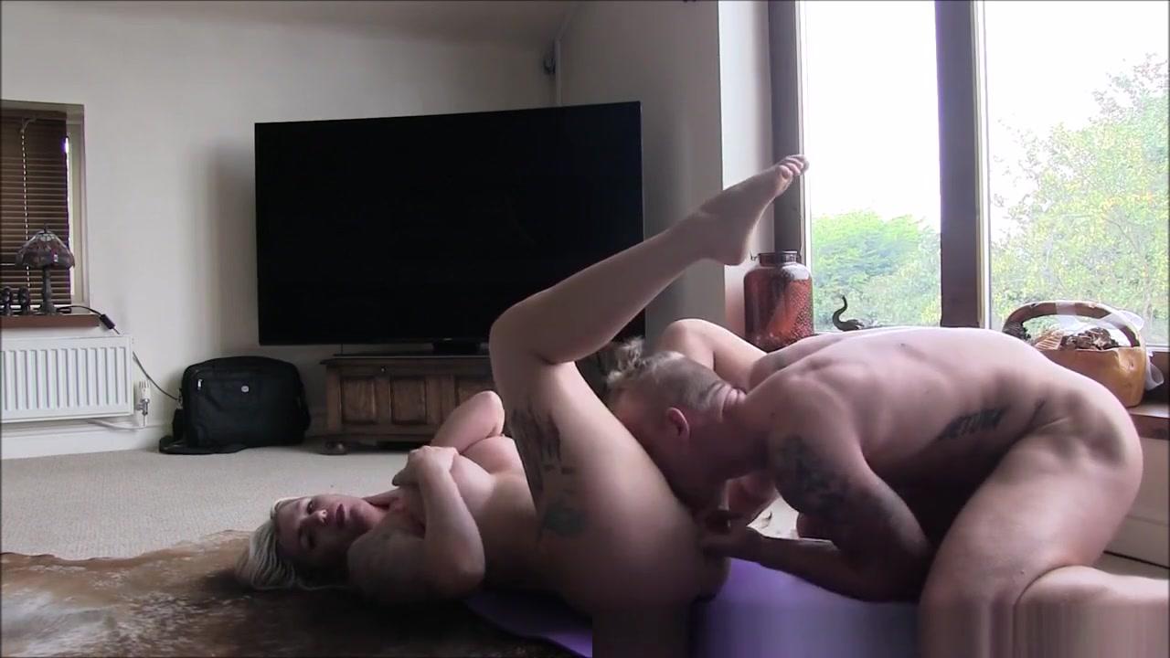 Porno photo Youne girls getting fucked