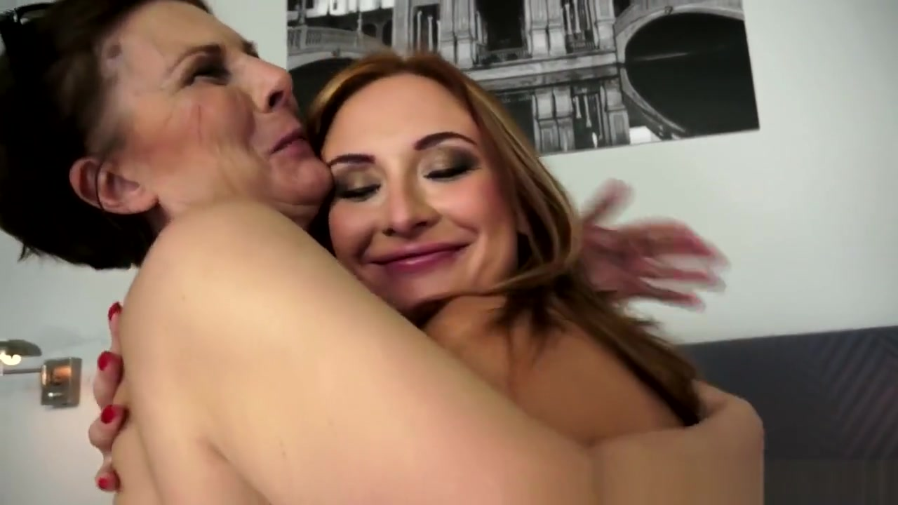 Orgu vidios sexc Lesbiane