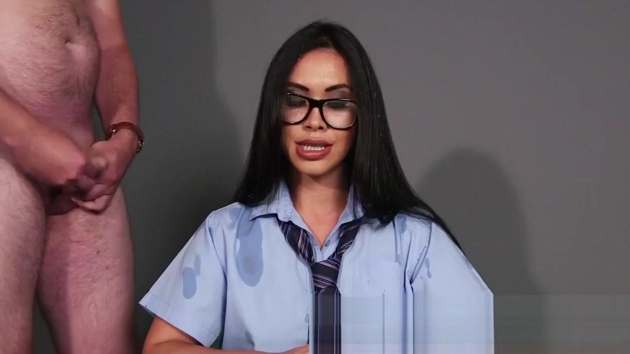 xXx Galleries Online dating sites melbourne australia