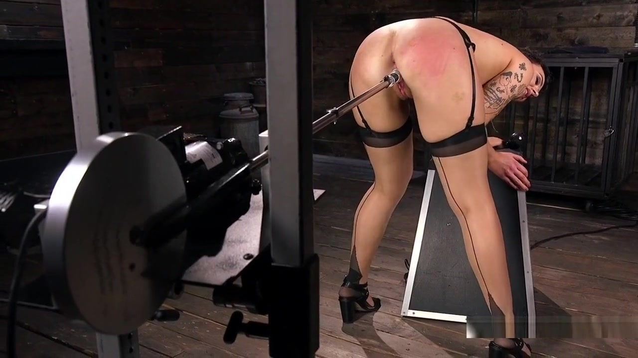 Hot xXx Video Milf hairdresser spy sexy ass