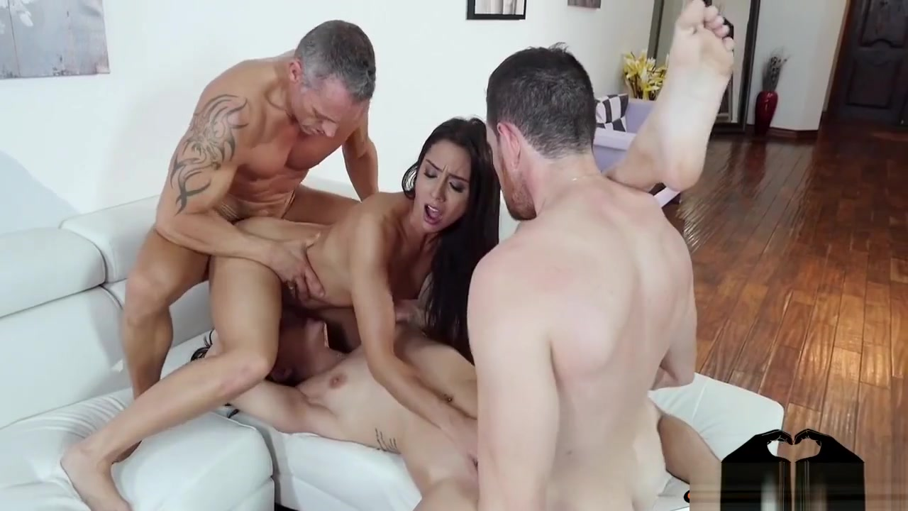 Adult Videos Girls eating other girls pussy