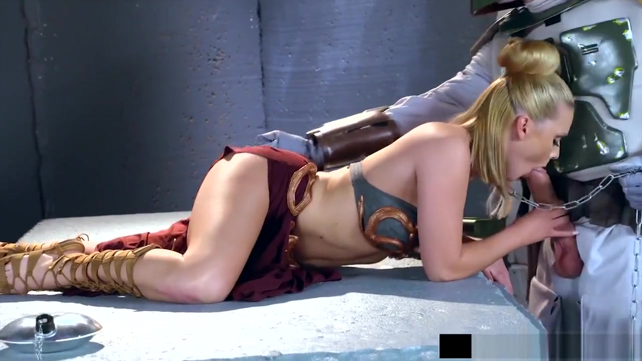 Leroyz - Abby Cross In Star Wars Cosplay Xxx Parody Brutal latex lesbian bum games