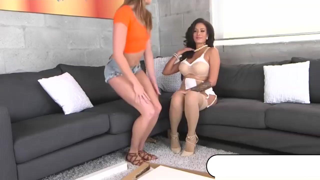 Hot Nude gallery Queensland girls