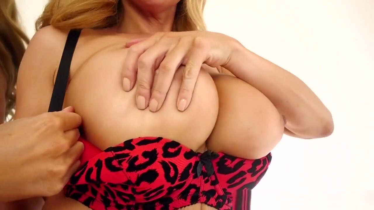 Fingerfuck Her Hot Pussy Pron Pictures