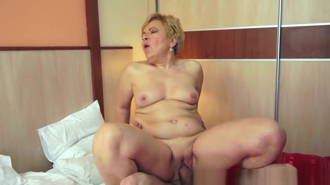 Sexy haley Nude pics