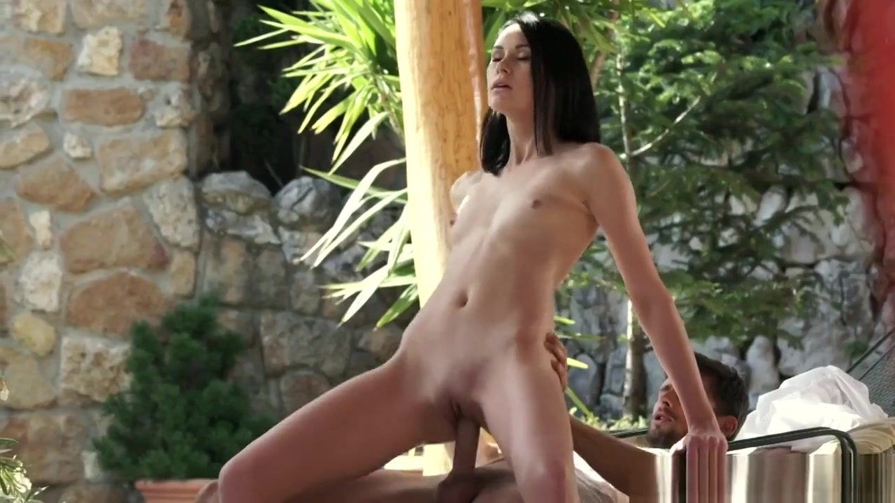 xxx pics Sexy sandra porn