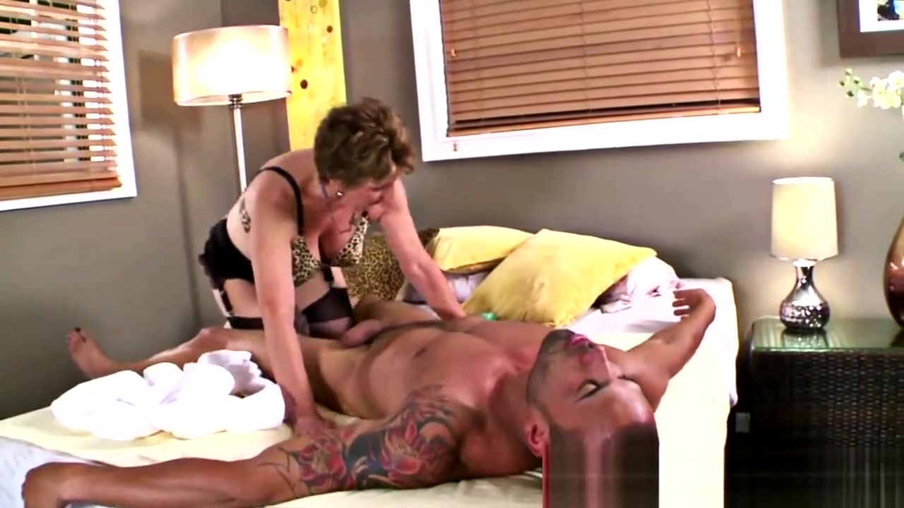Milfs anal videos Pics and galleries
