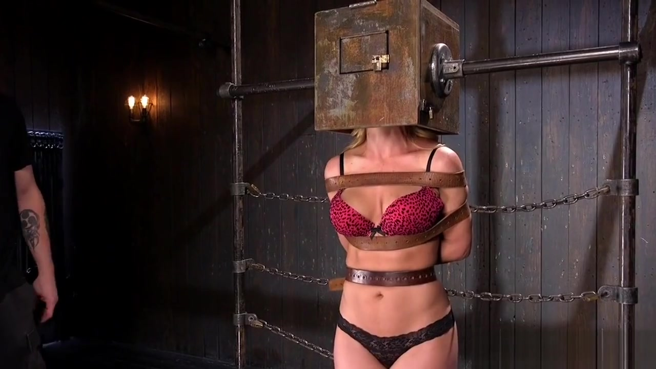 Sexy por pics Winona west nude