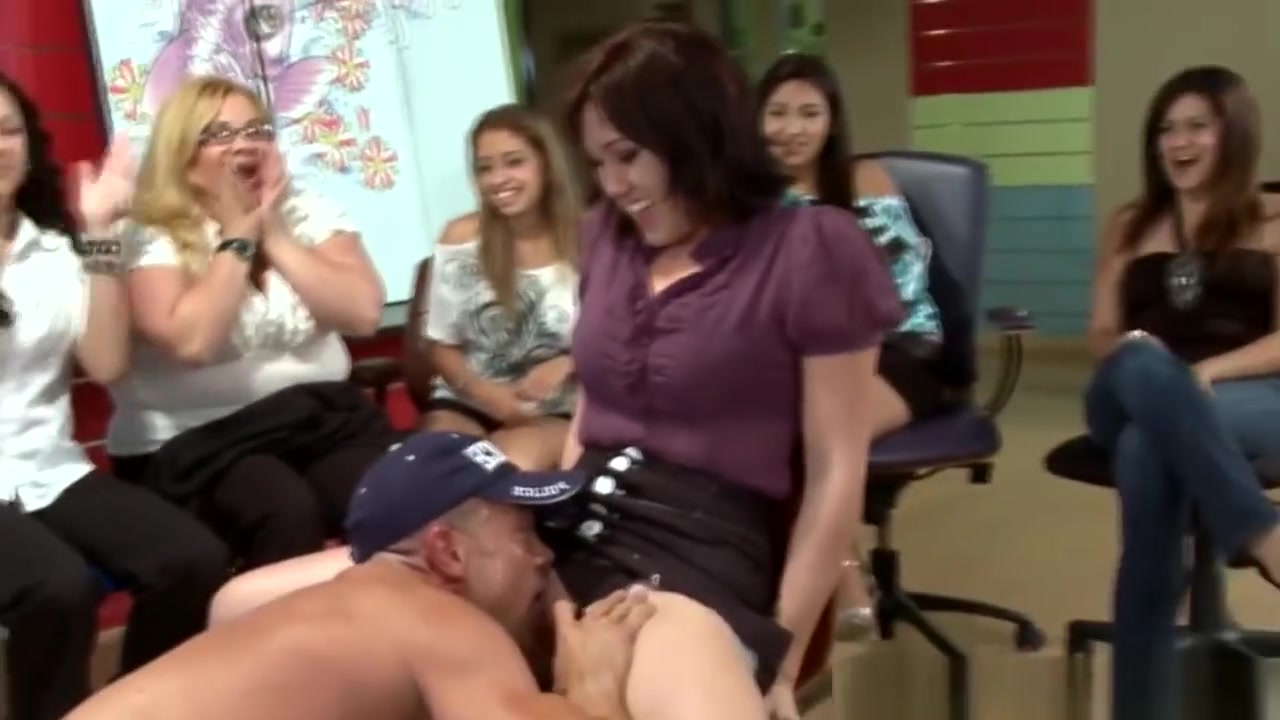 Video of girl having sex on period Porn pic