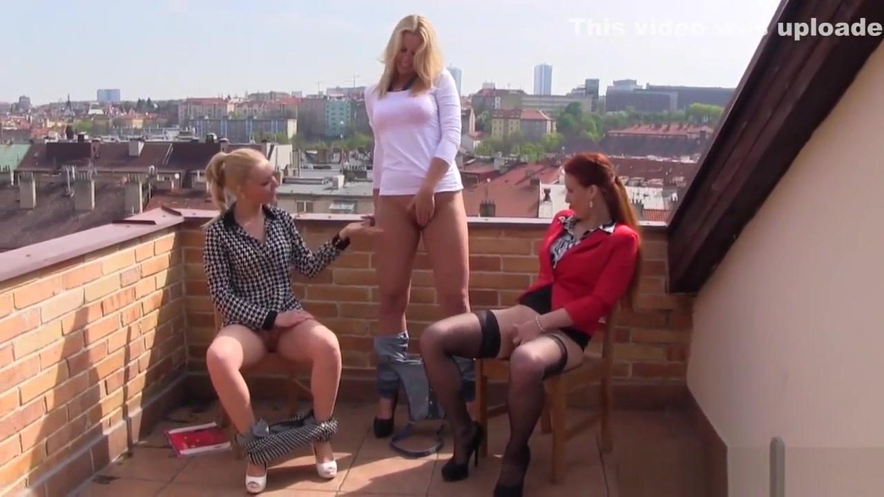 Lesbianas fuckuf orgys photos