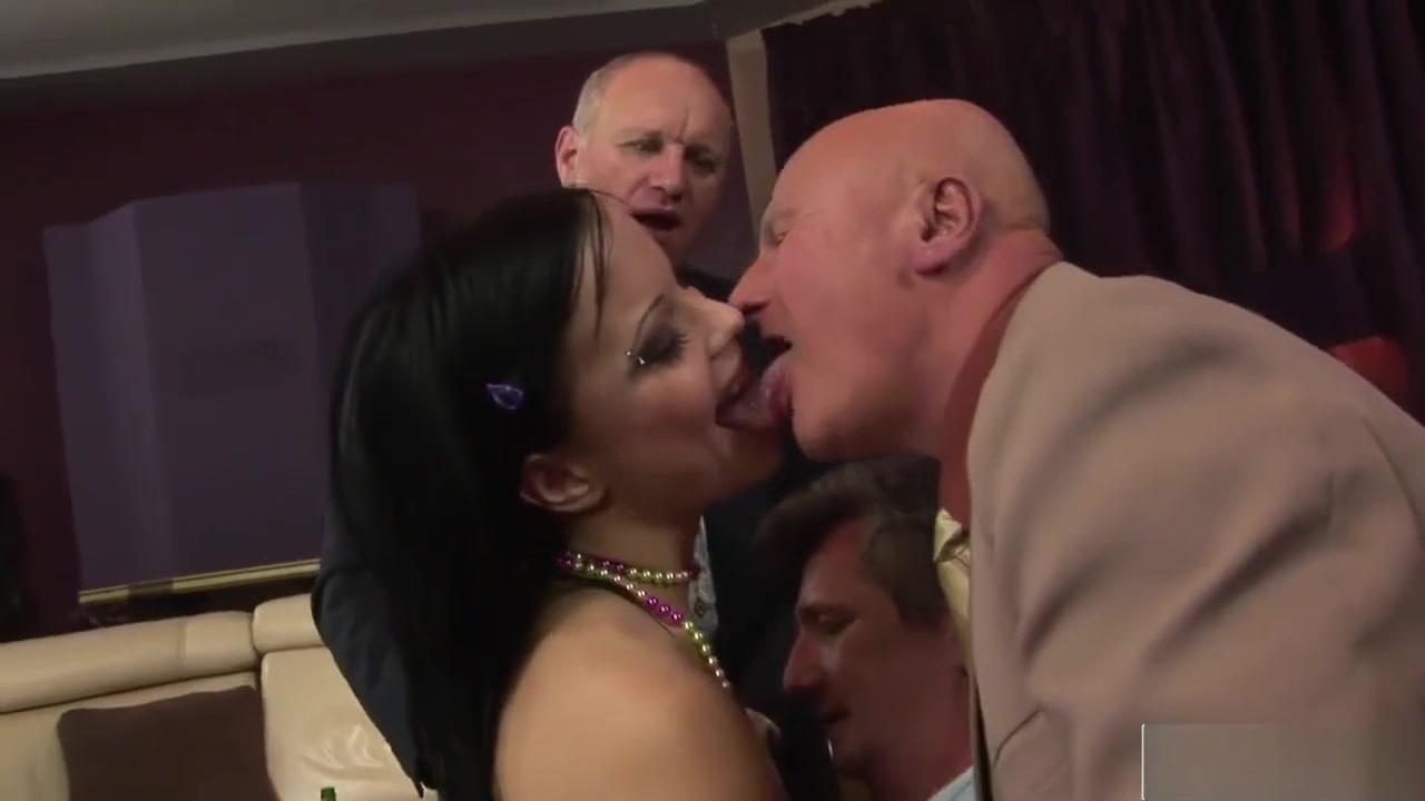Mistress Sniff Porn archive