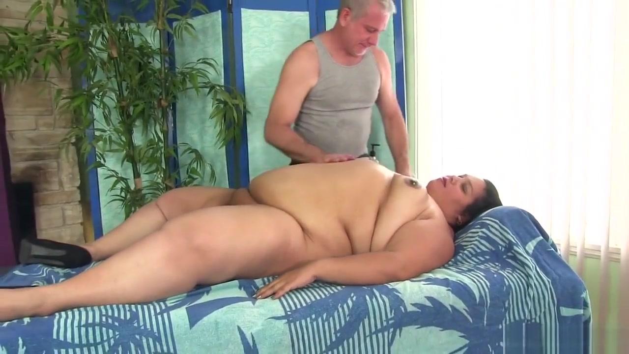 New porn Hailene woodley dating