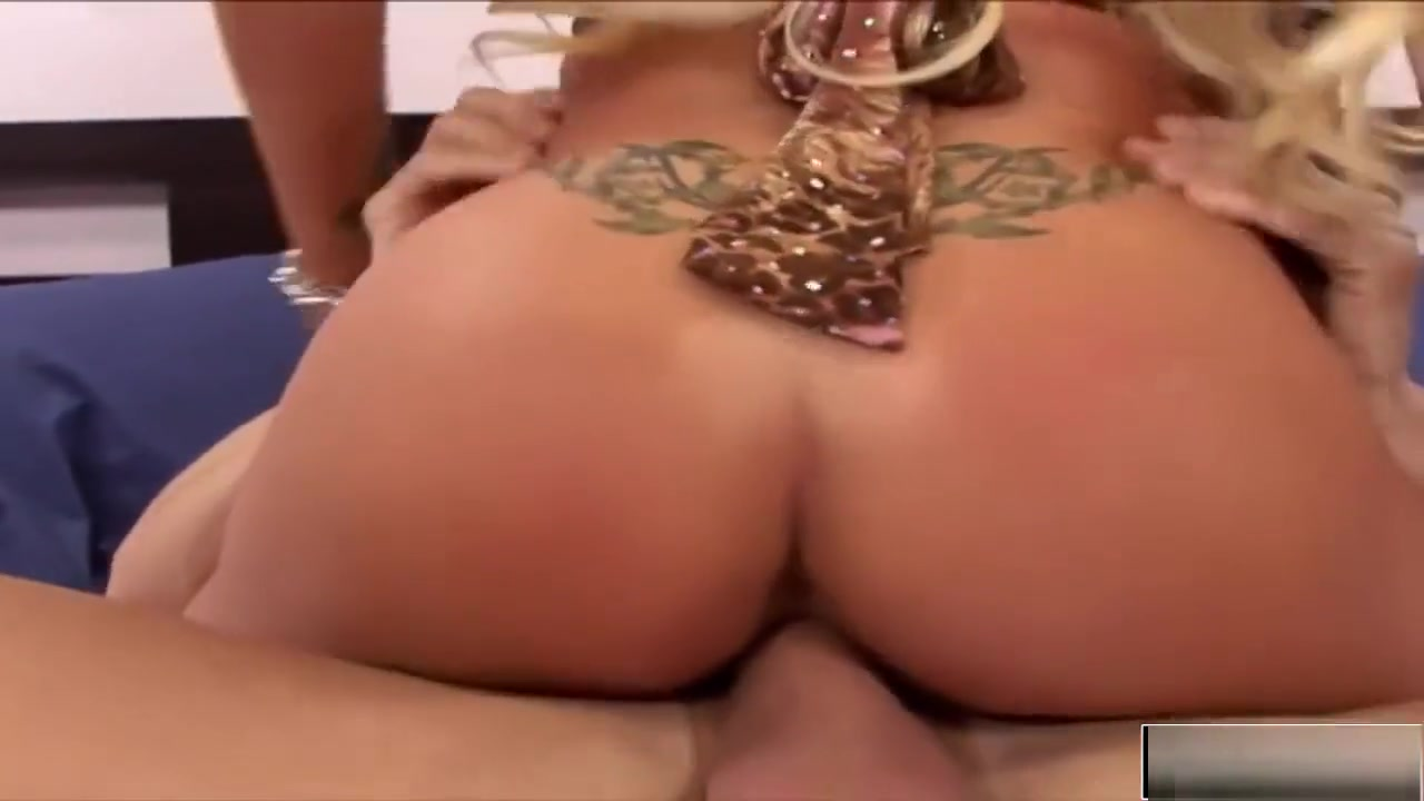Good Video 18+ Holly halston footjob