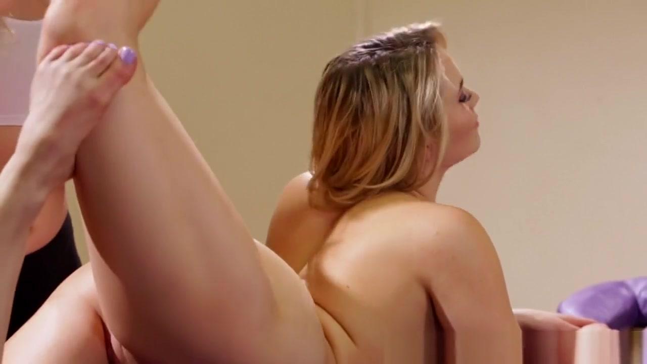 Masturbates sexs BBW lesbien