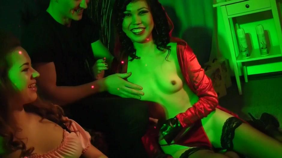 Porn Pics & Movies Ebony grandma porno