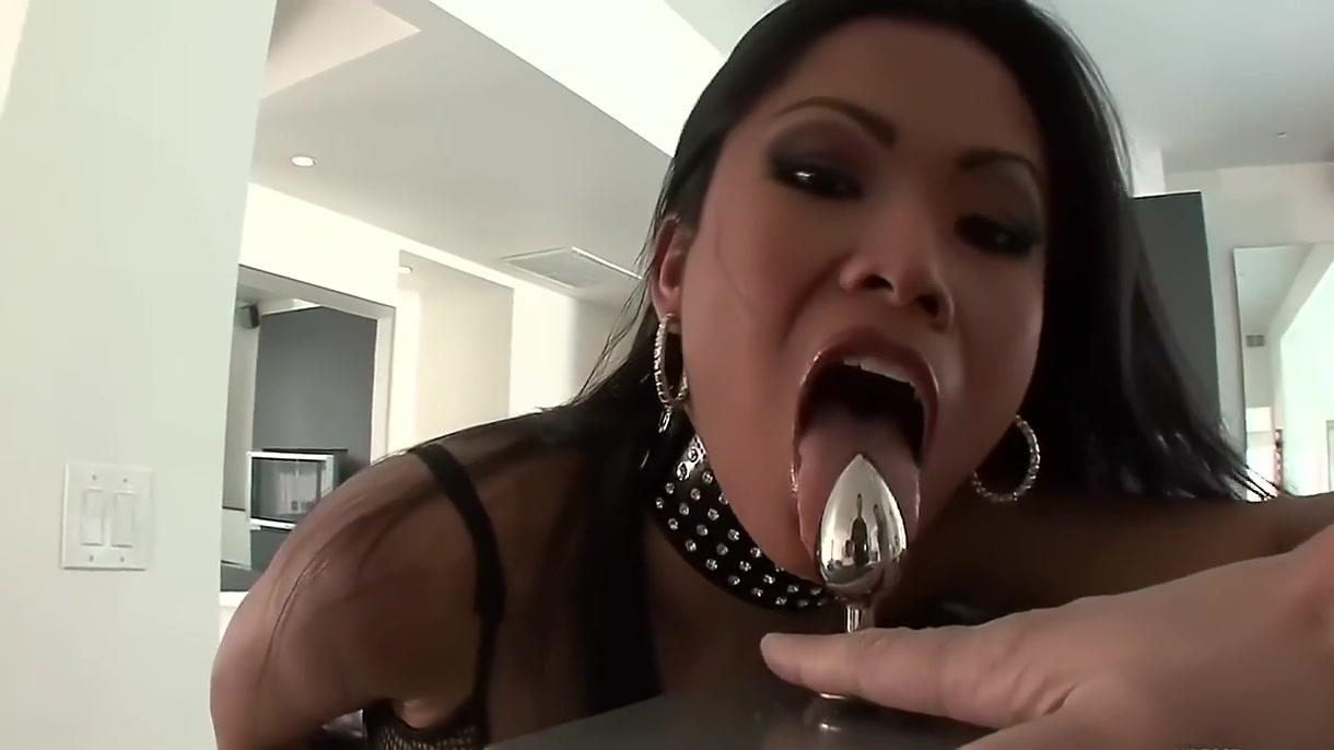 XXX photo Explicit public sex videos