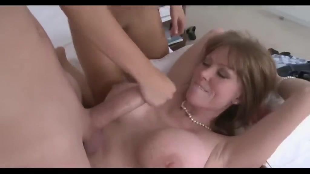 Nude 18+ Video of virgins fucking