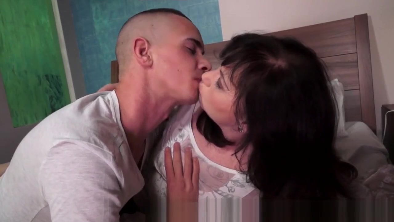 Speed dating hatfield Porn archive