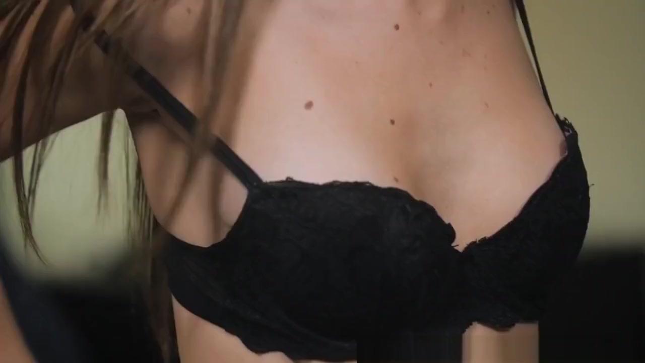 Andrews naked Jessie