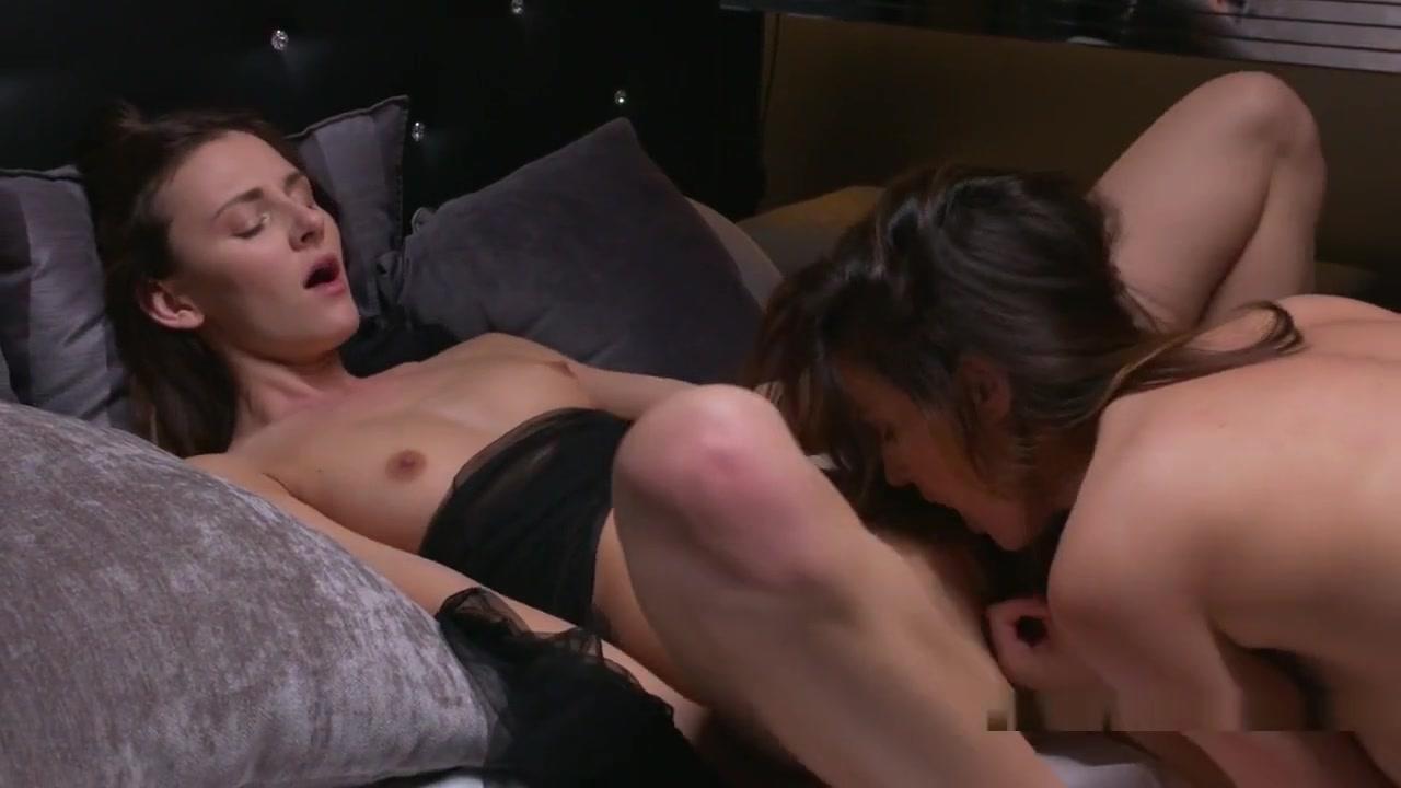 Porn pictures Hot milf creams a dildo