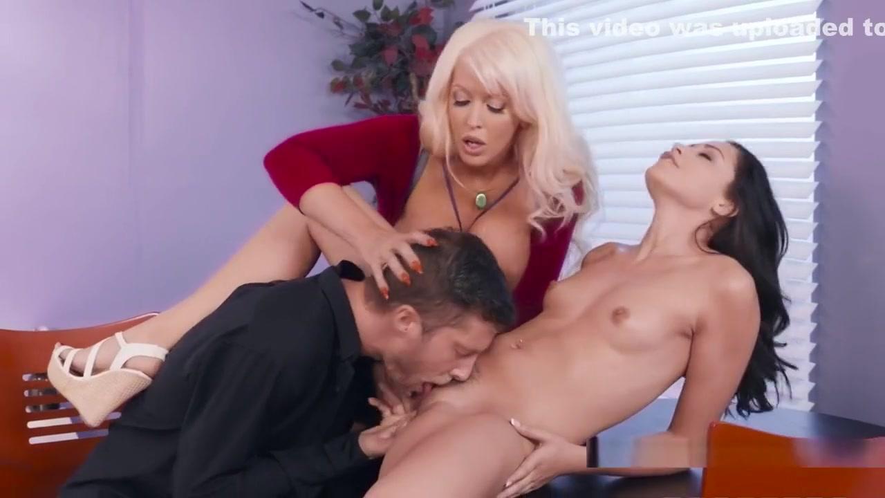 Porno photo Milf xxx secretary trailers