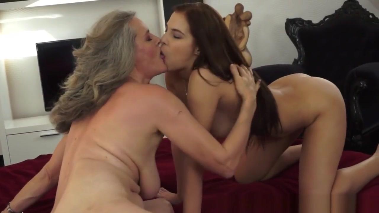 Videos Lesbiean fucker naked