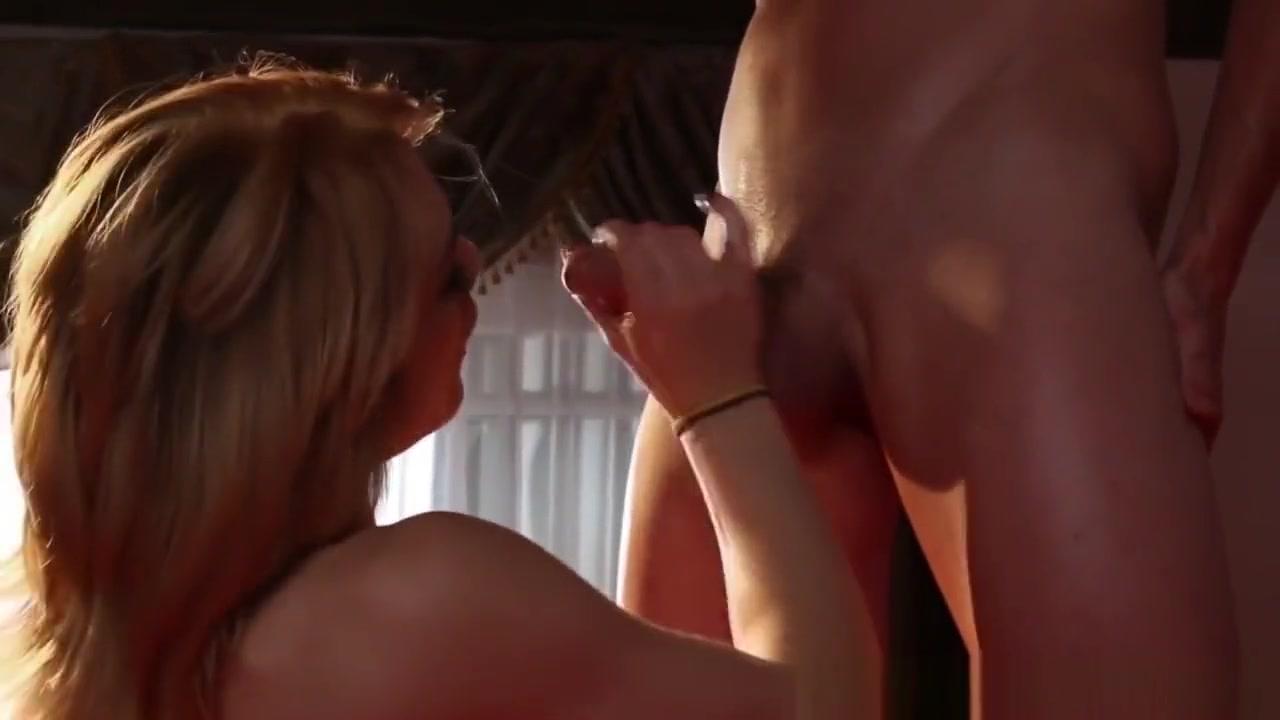 XXX Video Upskirt voyer no panties vids