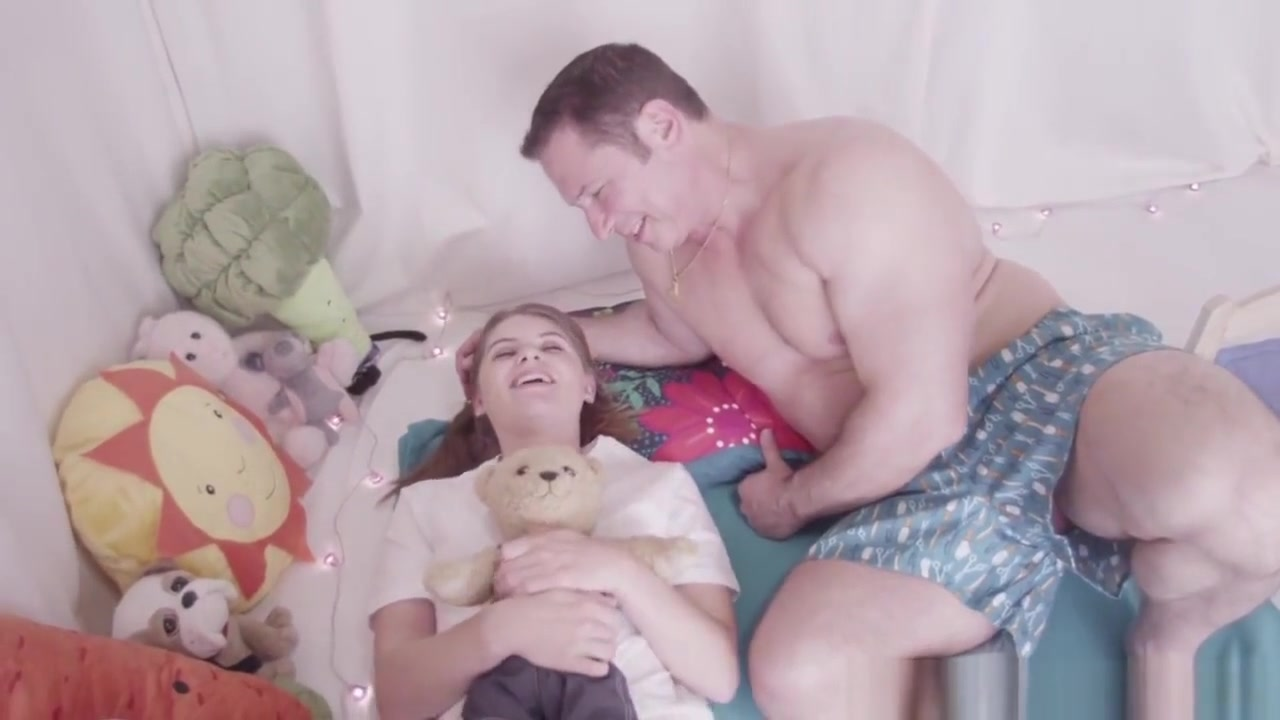 Latina milf porn video clips Nude pics