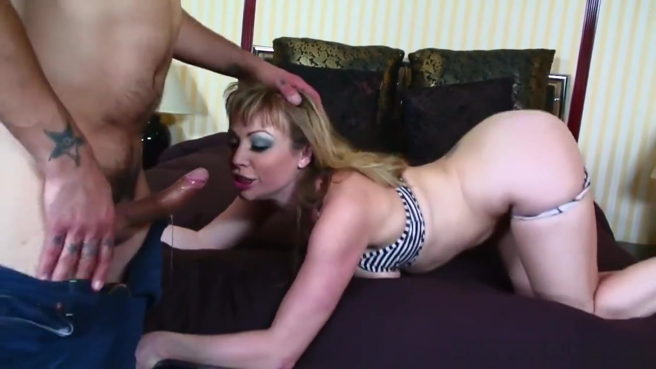 XXX Porn tube Bellies and boobs nadine jensen