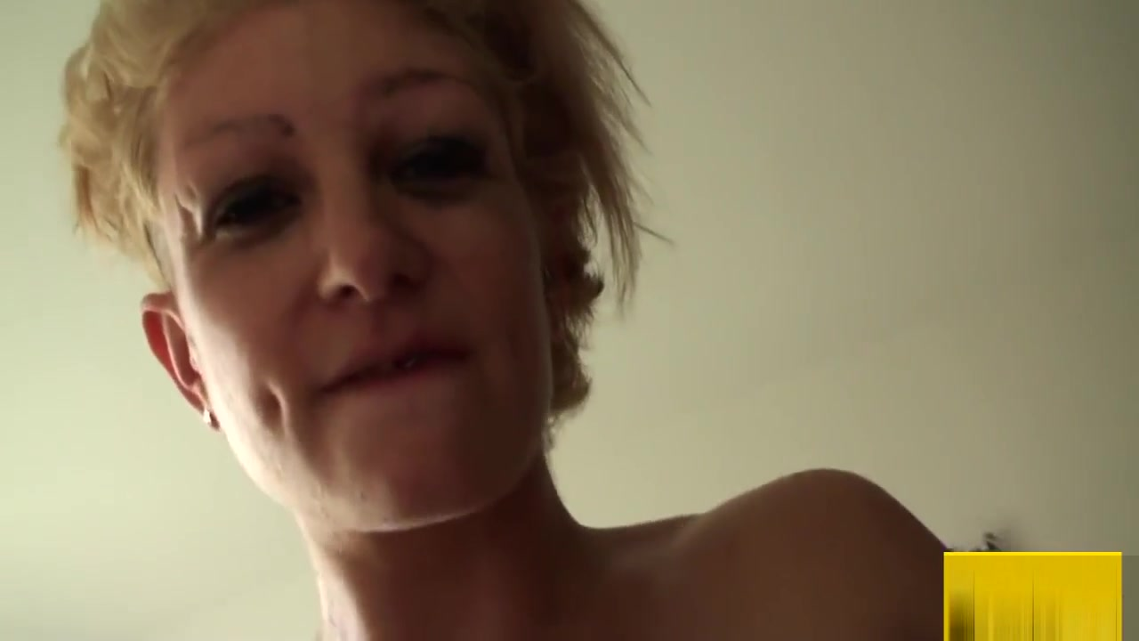 Naked Galleries Ass and shaved pussy