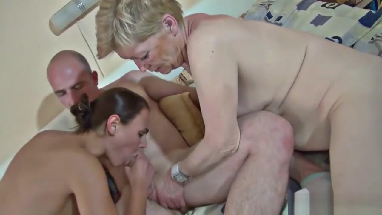 slut in crouded mens restroom Porn tube