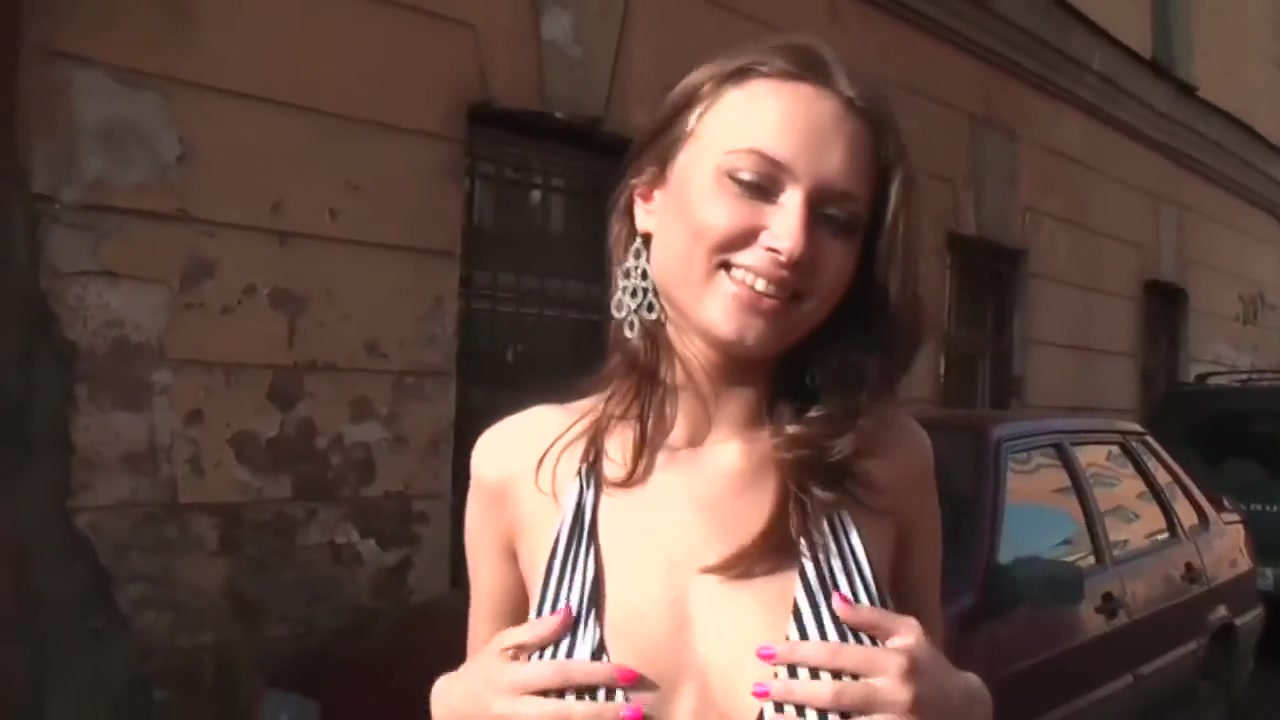 Naked Galleries Daily pussy pictures
