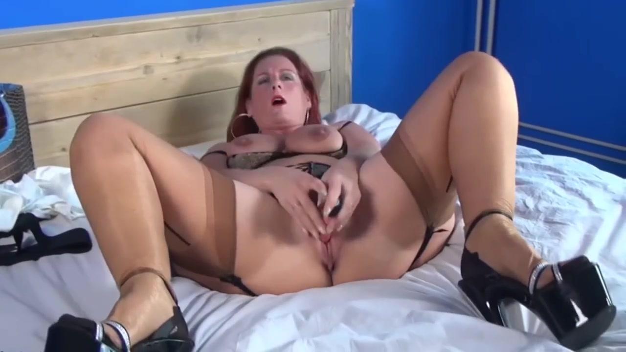Adult Videos Amateur mature stockings