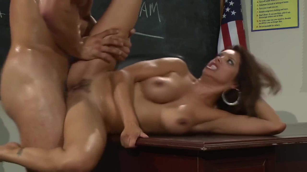 Curvy woman sexy Porn tube