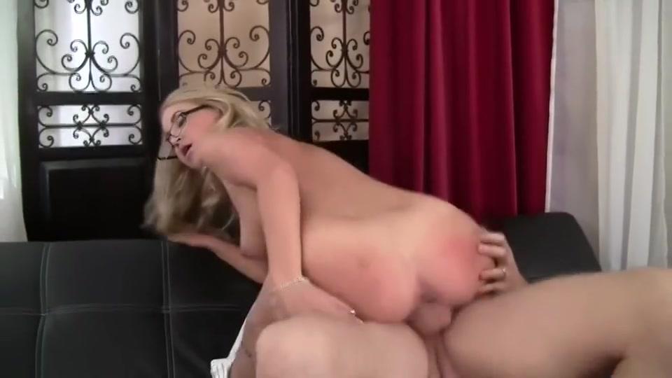 Kameleonik online dating Hot Nude