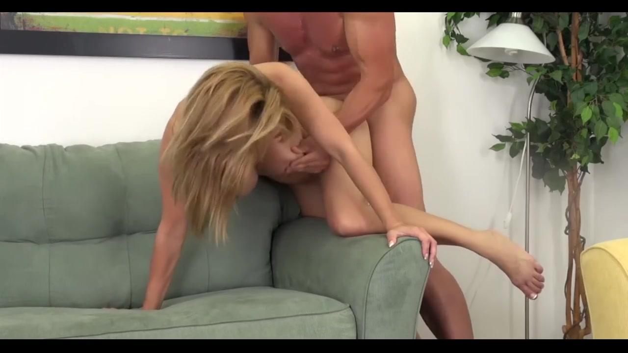 Naked 18+ Gallery Best paris escort