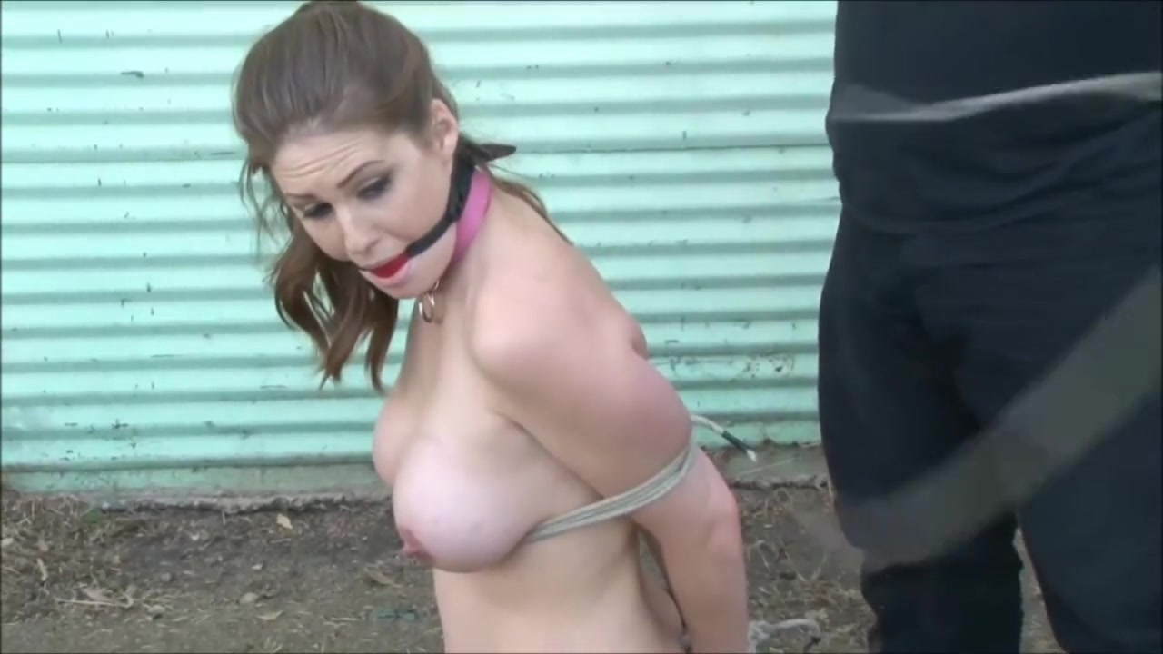 Porn clips Lesbian piss show
