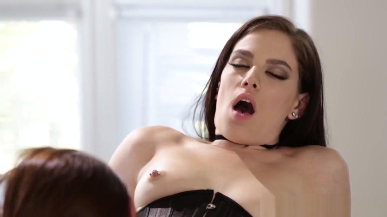 Masturbatian vids sexe Lesbiane