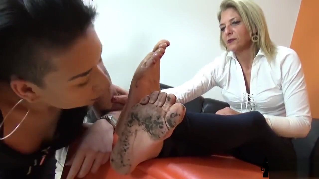 Having hardcore man sex women and